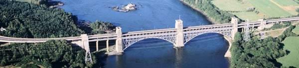 Pont Britannia heddiw